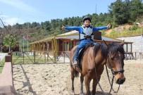 GEBZE BELEDİYESİ - Atlı Binicilik Çocuklardan Büyük İlgi Görüyor