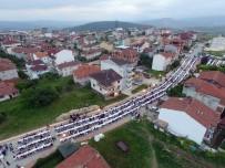 SPOR MERKEZİ - Beşiktaş Mahallesi'ndeki İftar Sofrasında Binlerce Kişi Bir Araya Geldi