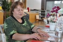 GÖRME ENGELLİ VATANDAŞ - Görme Engelliler İçin Hazırlanan Özel Menü Hizmete Girdi