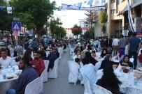 BURHAN KAYATÜRK - İpekyolu Belediyesinden İftar Yemeği