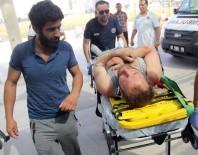 ATAKENT - Kafasına Mermer Düşen İnşaat İşçisi Yaralandı