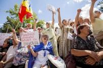 MOLDOVA - Moldova'da Yeni Seçim Sistemi Protesto Edildi