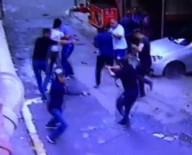 HAMIDIYE - Beyoğlu'nda Esnaf İle Torbacılar Arasındaki Silahlı Çatışma Kamerada