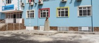 BILGE AKTAŞ - Akdeniz Belediyesi'nden Okula Atatürk Büstü Desteği