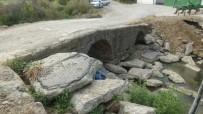 Burhaniye'de Roma Dönemi Köprüsü İlgi Bekliyor