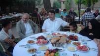 AHMET TÜRKÖZ - Havran'da Öksüz Ve Yetimler İftar Sofrasında Buluştu