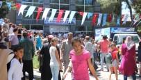 MEHMET TAHMAZOĞLU - Karne Hediyesini Duyan Belediyeye Koştu