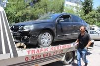 SAĞLIK OCAĞI - Otomobille Hafif Ticari Araç Çarpıştı Açıklaması 2 Yaralı