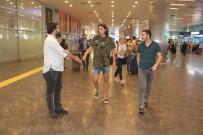 ENES ÜNAL - Milli Futbolcu Enes Ünal'a Havalimanı'nda Şok Gözaltı