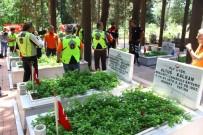 KOCA SEYİT - Motor Tutkunları Ve Motorlu Jandarma Timleri, Çanakkale Kahramanı Koca Seyit'i Ziyaret Etti