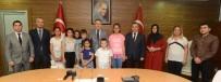 Vali Altıparmak'tan Çocuk Evlerindeki Başarıl Öğrencilere Ödül