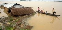 TOPRAK KAYMASI - Bangladeş'de Heyelan Açıklaması 40 Ölü
