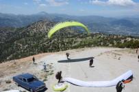 PARAŞÜTÇÜ - Çameli'de Deneme Paraşüt Uçuşları Yapıldı
