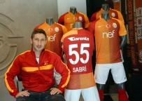 SABRİ SARIOĞLU - Galatasaray İle Sabri Sarıoğlu'nun Yolları Ayrılıyor