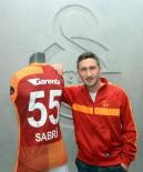 SABRİ SARIOĞLU - Galatasaray, Sabri Sarıoğlu İle Yollar Ayrılıyor