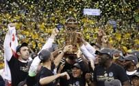 GOLDEN STATE WARRIORS - Golden State Warriors, NBA'de 5. Kez Şampiyonluğa Ulaştı