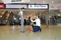 NECEF - Havalimanında İlginç Evlilik Teklifi