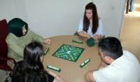 SAĞLIĞI MERKEZİ - Oyun Oynayarak Şizofreniden Kurtuluyorlar