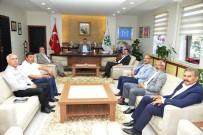 KAYSERİ ŞEKER FABRİKASI - Şarkışla Ve Gürçayır Belediye Başkanlarından Başkan Akay'a Tebrik Ziyareti