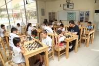 ŞEHITKAMIL BELEDIYESI - Satranç Merkezinde Yaz Okulu Eğitimleri Başladı