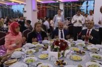 ADANA VALİSİ - Şehit Aileleri Ve Gazilere İftar Yemeği