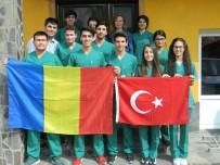YABANCı DIL - Uşak Ve Balıkesirli Öğrenciler Avrupa'da 2 Hafta Eğitim Aldılar