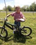 YUSUF ŞAHIN - Yanan Otomobilde Mahsur Kalan Çocuk Hayatını Kaybetti