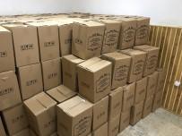 KURU BAKLİYAT - Akdağmadeni Belediyesi Bin Aileye Gıda Paketi Dağıttı