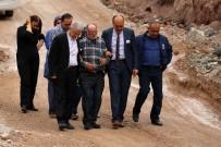 GÜMÜŞHANE ÜNIVERSITESI - Gümüşhane'de Üzerine Kaya Düşmesi Sonucu Hayatını Kaybeden Üniversite Öğrencisinin Cenazesi Memleketine Uğurlandı