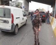 ÖZEL HAREKAT POLİSLERİ - Esenler otogarının giriş ve çıkışları tutuldu