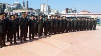 SAYGI DURUŞU - Jandarma'nın 178'İnci Kuruluş Yıl Dönümünde Taksim Cumhuriyet Anıtı'na Çelenk Bırakıldı