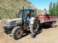 TRAFİK KURALLARI - Jandarmadan Sürücülere 'Ceza' Yerine 'Hediye'