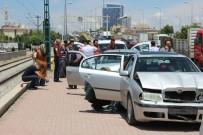 KADIN SÜRÜCÜ - Konya'da Zincirleme Kaza Açıklaması 13 Araç Birbirine Girdi