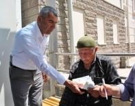 OTOBÜS ŞOFÖRÜ - Otobüs Şoförü Bulduğu Parayı Sahibine Teslim Etti