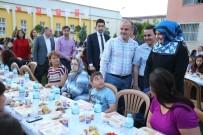 ALAATTIN AKTAŞ - Pamukkale Belediyesi'nden 2 Bin Kız Öğrenciye İftar