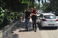 TURGUTALP - Polisten Kaçmaya Çalışan Uyuşturucu Zanlısı Kıskıvrak Yakalandı