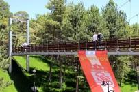 PAŞABAHÇE - Sivasspor Bayrağı 'Minyatür Boğaz Köprüsüne' Asıldı