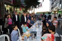 ABDİ İPEKÇİ - Sokak İftarları Ramazan'ın Bereketi İle Sürüyor