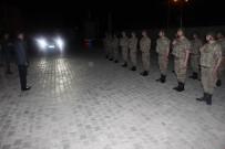 ENVER ÖZDERİN - Vali Işın Sahurda Askerleri Yalnız Bırakmadı