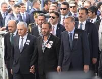 ŞEHİT UZMAN ÇAVUŞ - Bingöl Şehidi Uzman Çavuş Büyüksoy, Son Yolculuğuna Uğurlandı