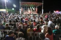 HÜSEYIN CAN - Çeşmealtı Gece Pazarı Konserle Açıldı