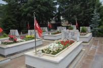 MEHMET ÇELIK - Çorum'da Şehit Mezarları Bakıma Alınıyor