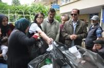 GÖRME ENGELLİLER - Görme Engellilerden İhtiyaç Sahiplerine Ramazan Yardımı