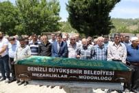 KAKLıK - Gümüşhane'de Üzerine Kaya Parçası Düşmesi Sonucu Ölen Genç Toprağa Verildi