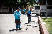 ŞEHITKAMIL BELEDIYESI - Şehitkamil'in Hızır Ekibi Bayram Temizliğine Başladı