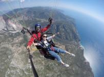 ÇİNLİ - Yamaç Paraşütüne Çinli Turist İlgisi