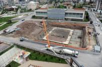 GECEKONDU - Altındağ'a 'Buz Pateni Sarayı' Yapılıyor