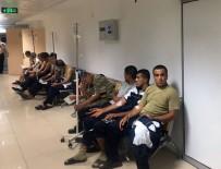 MERKEZ EFENDİ - Manisa'da 50 asker, gıda zehirlenmesi şüphesiyle hastaneye kaldırıldı