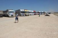 ÜLKÜCÜLER - Çobanbey'de Bulunan Türkmenlere 30 Tır Gıda Yardımı