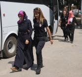 ŞAFAK VAKTI - FETÖ'den Gözaltına Alınan 20 Öğretmen Adliyeye Sevk Edildi
